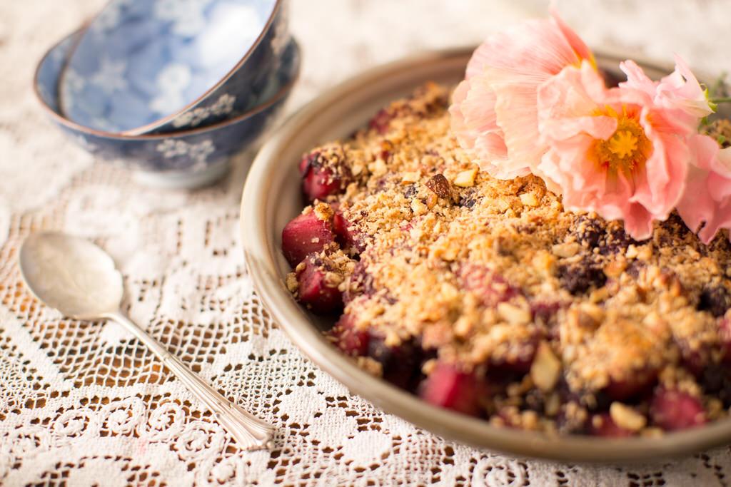 Apple Berry Crumble - Love Life & Gluten Free